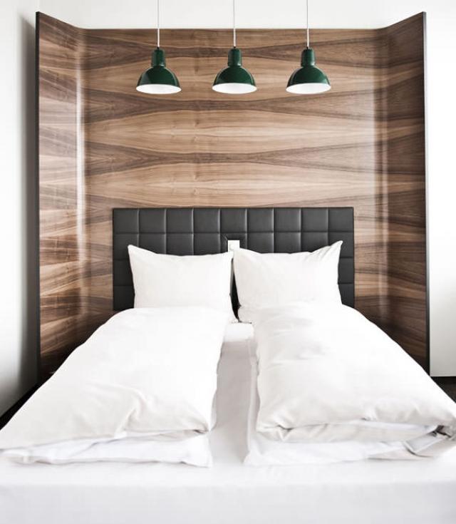 hotel daniel. Black Bedroom Furniture Sets. Home Design Ideas