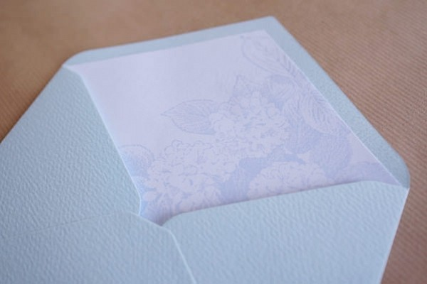 DIY: Dressing Up Invitation Envelopes